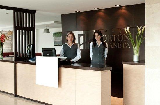 Hotel Porton Sabaneta: Lobby