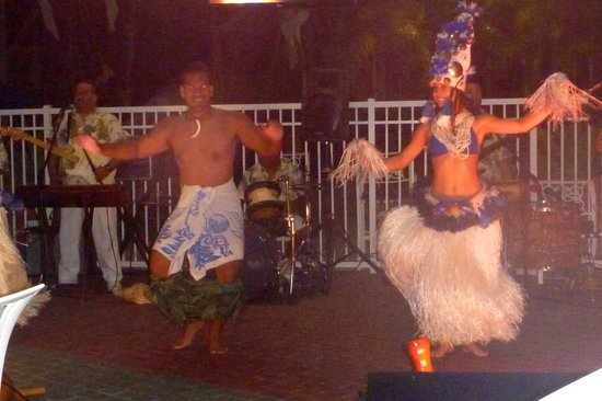 Marriott's Harbour Lake:                   Polynesian Show