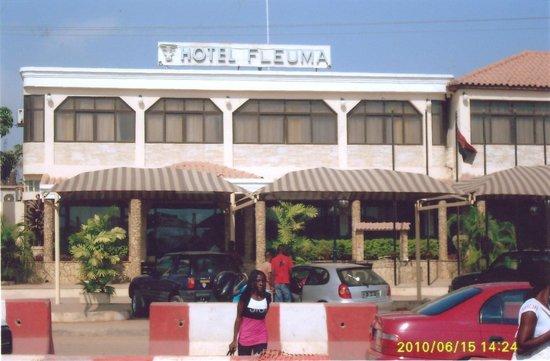 Hotel Fleuma:                                     Vista Frontal