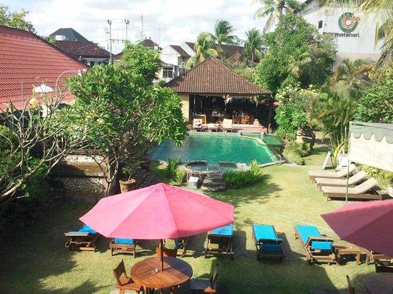 Ida Hotel:                   hotel