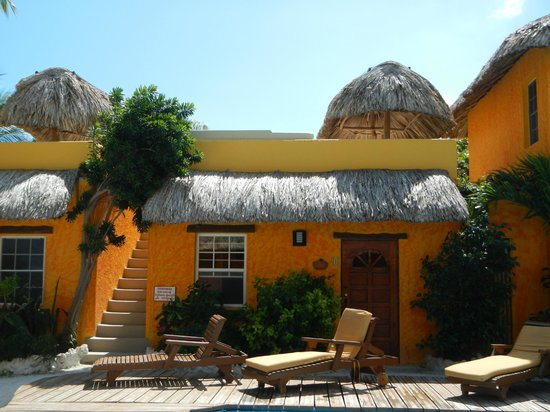Seaside Cabanas:                   Cabana 3