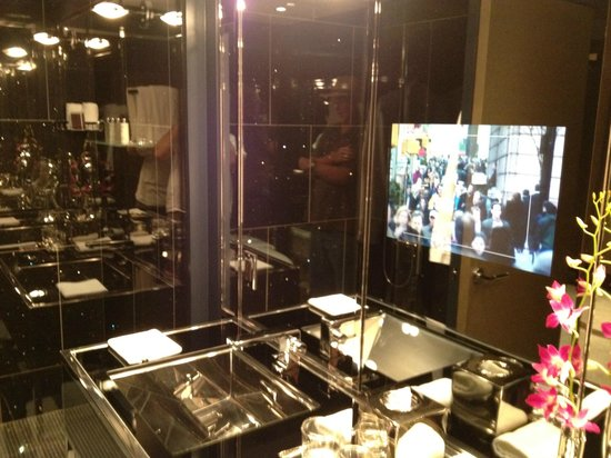The Chatwal, A Luxury Collection Hotel, New York:                   tv in mirror