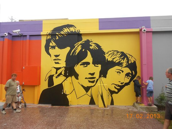 Redcliffe, Australia:                   Bee Gees Way.
