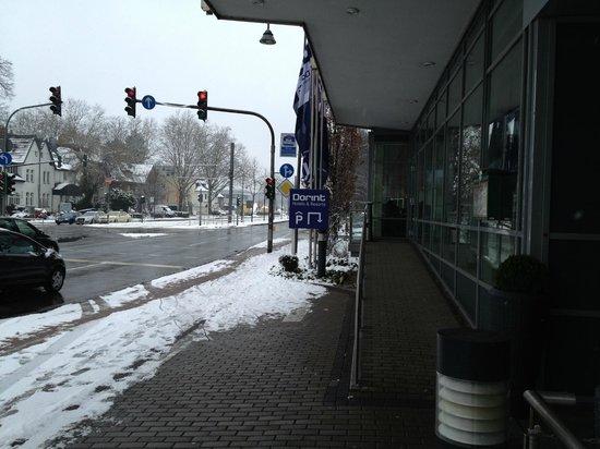 Dorint Hotel Köln-Junkersdorf: Streetview