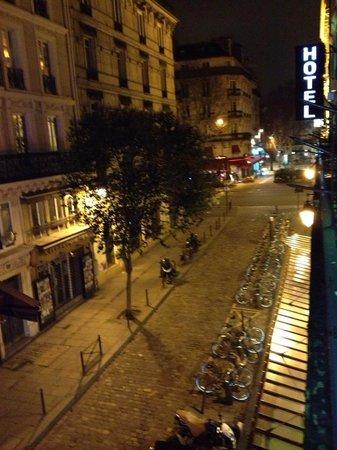 โฮเต็ล ยุโรปเซ้นท์เซเวริน: View of the room - late at night