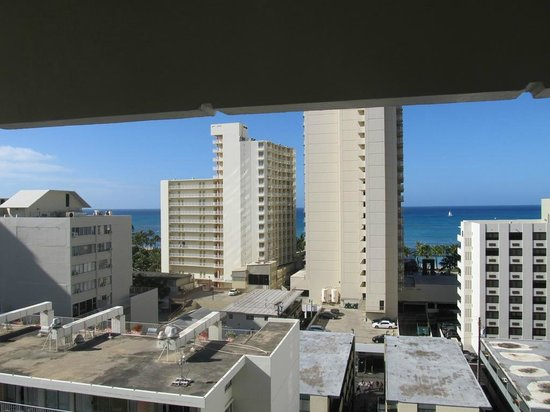 "Hyatt Place Waikiki Beach:                   ""Ocean View"" ???"