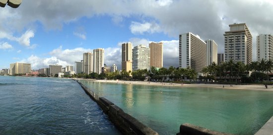 Aston Waikiki Beach Tower: Across the street
