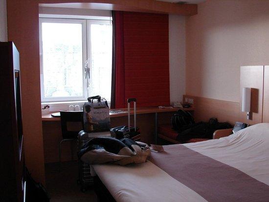 Ibis Edinburgh Centre Royal Mile:                   Quarto