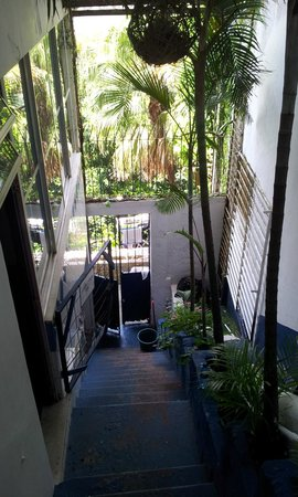 Casa 579:                                     Bajada a las habitaciones