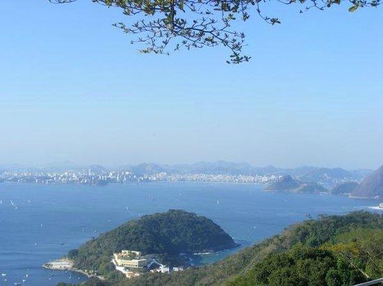 Arena Copacabana Hotel:                   vista de la ciudad