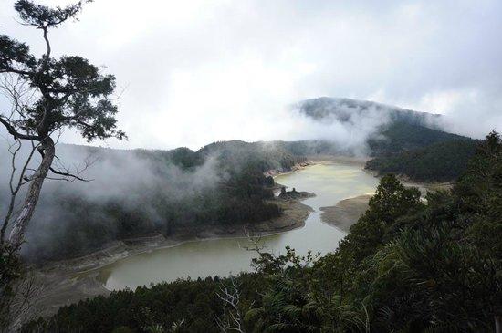 يلان, تايوان:                   lake                 