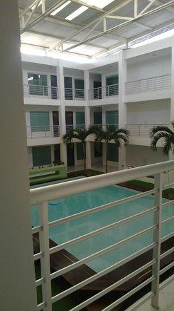 Hotel Villanueva: Piscina