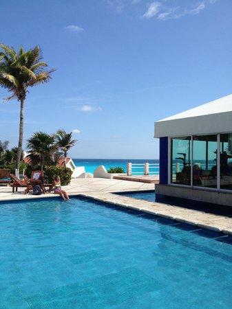 Solymar Cancun Beach Resort:                   gorgeous view