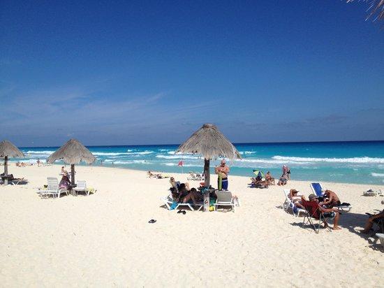 Solymar Cancun Beach Resort:                   beautiful