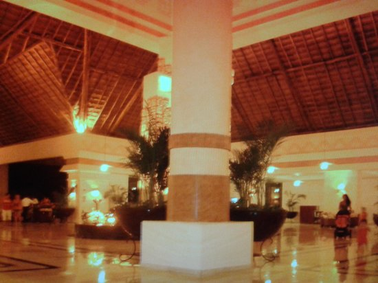 Grand Bahia Principe Coba:                                     part of the lobby