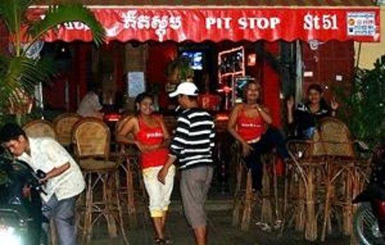 Pit Stop Bar