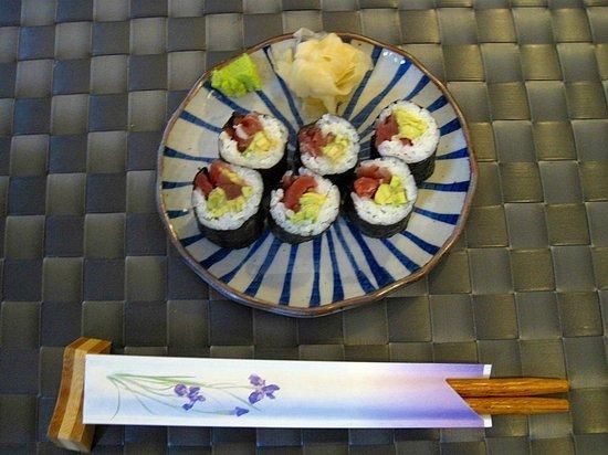 Ayame:                   Thunfisch-Avokado-Maki