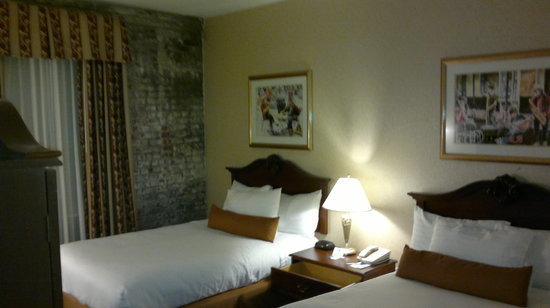 BEST WESTERN PLUS St. Christopher Hotel:                   Room 903