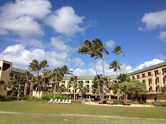 Courtyard by Marriott Kauai at Coconut Beach:                   looking at the hotel from the beach