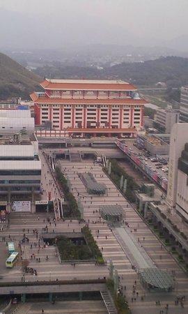 Shangri-la Hotel Shenzhen:                   ホライズンクラブからの眺め。