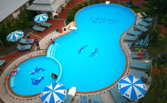 Cera Resort Chaam: Swimming pool