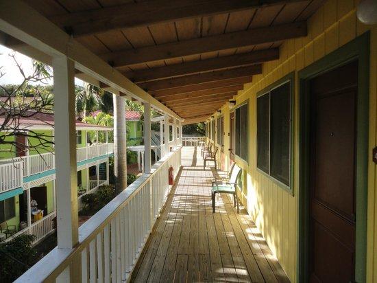 Pineapple Beach Club Antigua:                   Standard Room - Upper level outside rooms