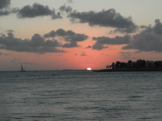 Pier House Resort & Spa: Sunset from Pier House!