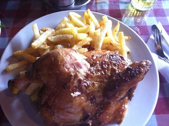 Los Toldos Chicken:                   chix and fries