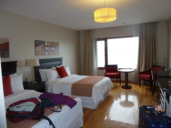 Alma del Lago Suites & Spa: largevroom, two queen size beds