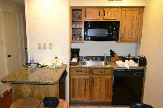 كريستي لودج:                                     Kitchen                                  