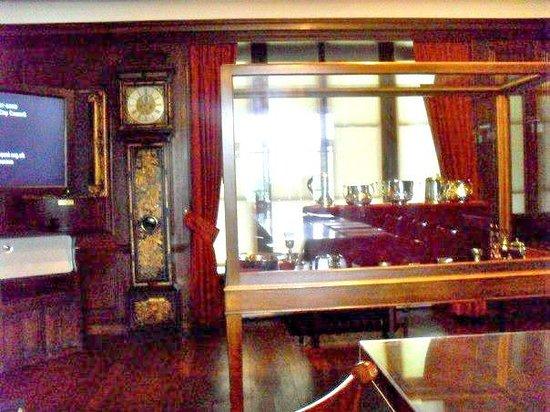 Preston Manor :                   Interiors of the Manor