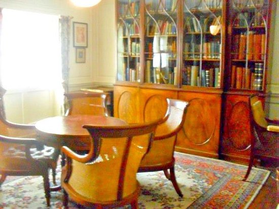 Preston Manor:                   Library