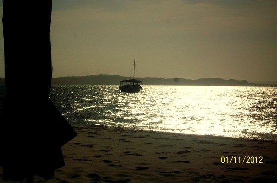 Pousada Porto de Cima:                   Atardecer en Playa Gamboa