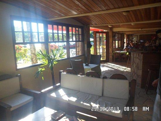 Hotel Brunello:                   Recepção e sala de estar