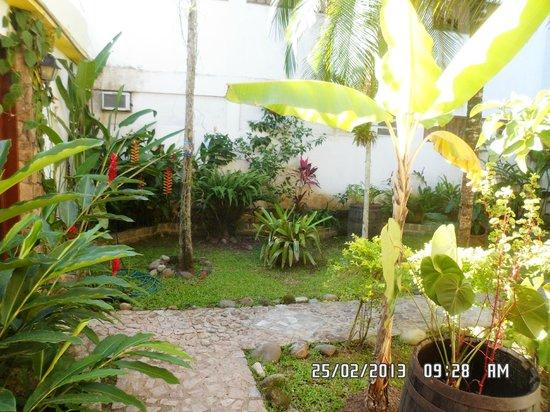 Hotel Brunello:                   Jardim