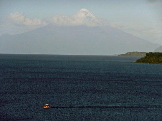 Hotel Cumbres Puerto Varas: Lake view