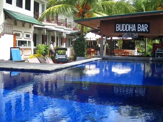 Padang Bai Beach Resort: Swimming Pool