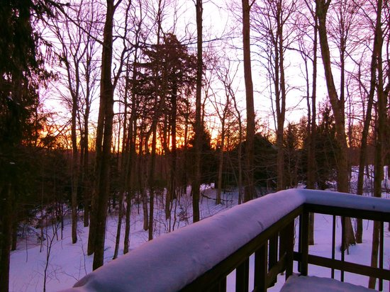 Yoga BnB: Winter sunrise