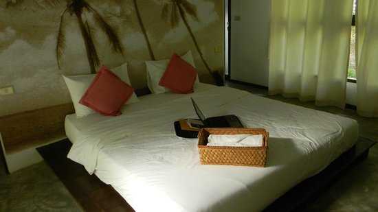 The Sundays Sanctuary Resort & Spa: cama cabaña 6