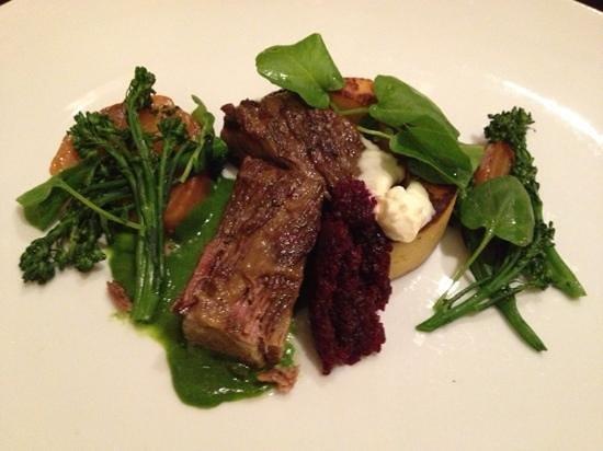 Copperleaf Restaurant at Cedarbrook Lodge : entree of oxtail brisket