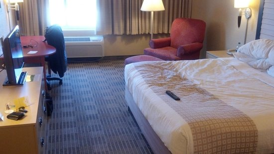 La Quinta Inn & Suites Elmsford:                   View of Room 223