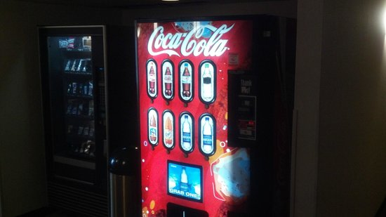 La Quinta Inn & Suites Elmsford:                   Soda Machine