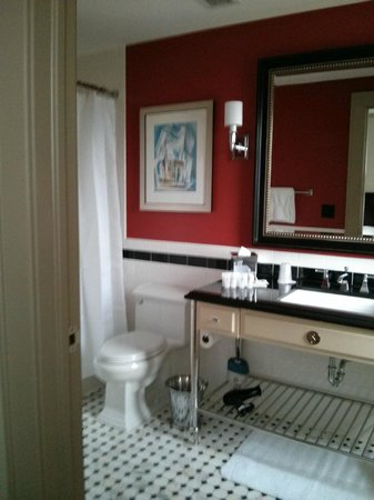Le Meridien Dallas, The Stoneleigh:                   Bathroom
