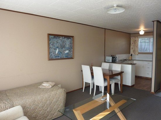 Anchor Motel & Timaru Backpackers: 2 bedroom motel unit