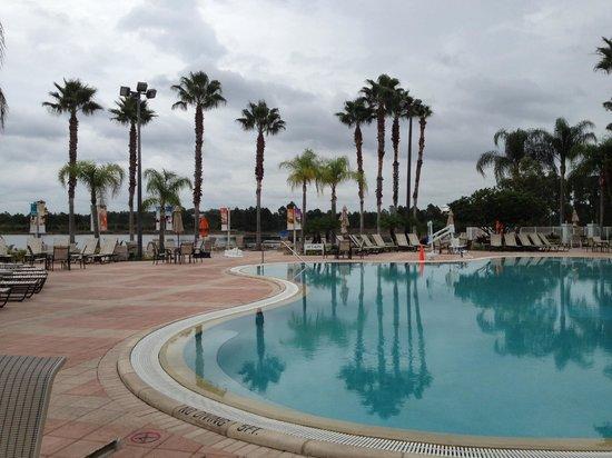 Oasis Lakes Resorts :                   Pool & Lake area