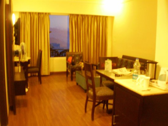 Grand View Hotel: Living Area