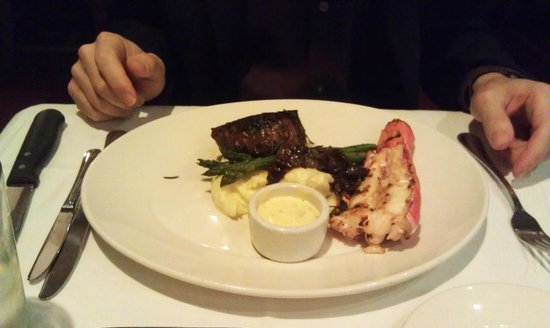 Top of the Market - San Mateo: Filet and lobster