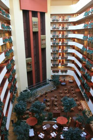Embassy Suites by Hilton Albuquerque - Hotel & Spa:                   Inner court and elevators