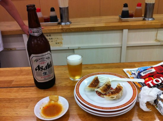 Kameido Gyoza:                   the friendly employees tried but couldn't help with my non-existent chopstick