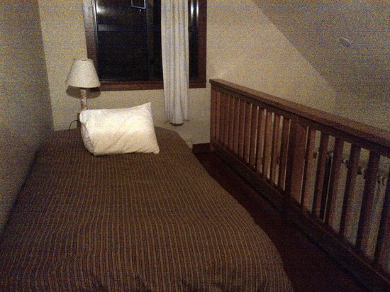 Middle Beach Lodge: Upstairs